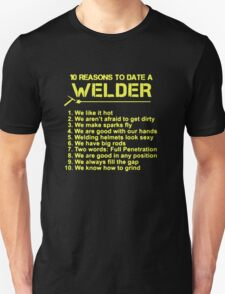 10 reason to date a welder T-Shirt