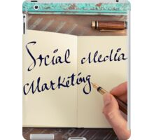 Motivational concept with handwritten text SOCIAL MEDIA MARKETING iPad Case/Skin