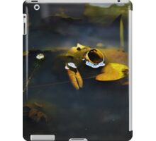 Closed Up Lily Pad iPad Case/Skin