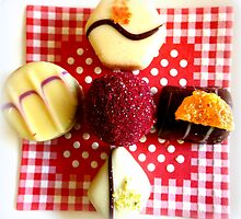 Handmade Pralinés by ©The Creative  Minds