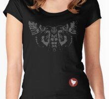 Max Caulfield - Butterfly & Badge Women's Fitted Scoop T-Shirt
