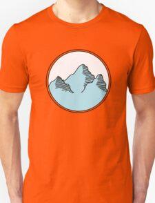 blue mountains in circle T-Shirt