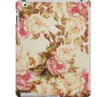 Chic vintage pink white brown roses floral pattern iPad Case/Skin