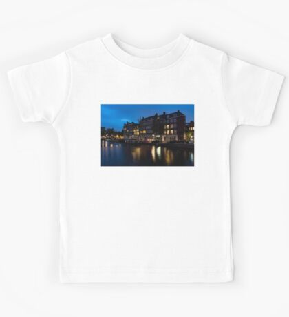 Magical Amsterdam Night - Charming Little Pink Car on the Canal Bank Kids Tee