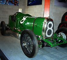 No.8 Green Racer by Woodie