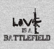 Love is a battlefield - version 1 - black by Supreto