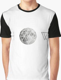 HOW Geometric Moon Graphic T-Shirt