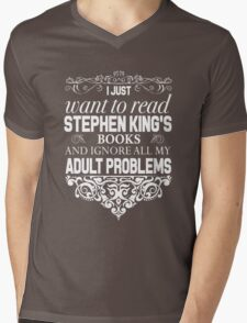 I don't need therapy I just need to read Stephen King's Books Mens V-Neck T-Shirt