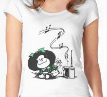 Mafalda Music Women's Fitted Scoop T-Shirt