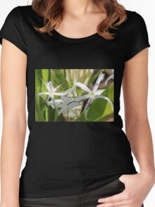 Amaryllis Women's Fitted Scoop T-Shirt