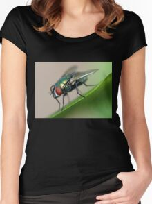 Iridescent Fly Women's Fitted Scoop T-Shirt