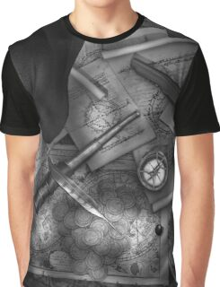 Old World Travel bw 2 Graphic T-Shirt