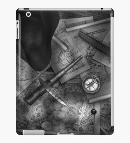 Old World Travel bw 2 iPad Case/Skin