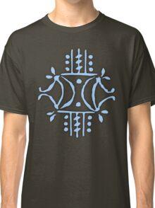 Iceni double-crescent Classic T-Shirt