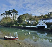 Cornwall: Helford Boathouse by Rob Parsons
