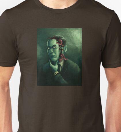 H.P. Lovecraft (w/background) Unisex T-Shirt