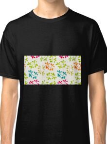 Floral pattern with cute leaves Classic T-Shirt