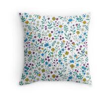 Field flowers Throw Pillow