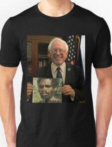 Bernie Sanders getting noided T-Shirt