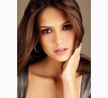 Beautiful Face Nina Dobrev The Vampire Diaries 2 Unisex T-Shirt