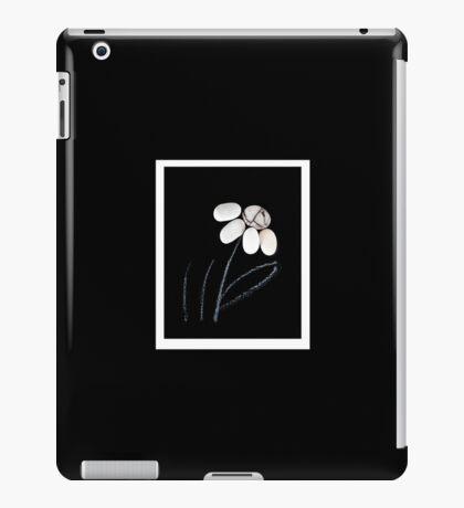 pebble flower  iPad Case/Skin