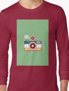 say hello to camera Long Sleeve T-Shirt