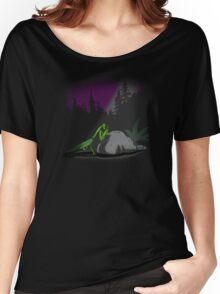 Praying Mantis Women's Relaxed Fit T-Shirt