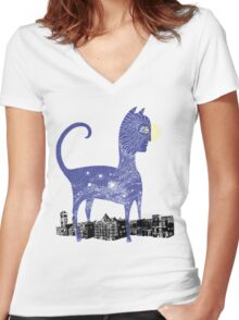 Night Cat owns the City Women's Fitted V-Neck T-Shirt