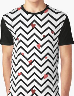 Zig-zag trendy seamless pattern with hearts Graphic T-Shirt