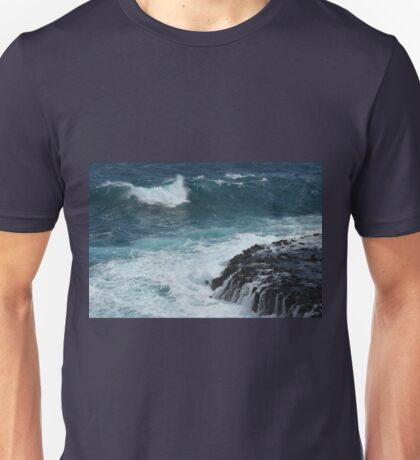 DEEP BLUE OCEAN Unisex T-Shirt