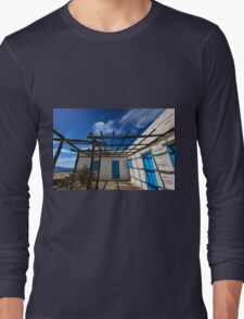 Traditional white house with pergola Long Sleeve T-Shirt