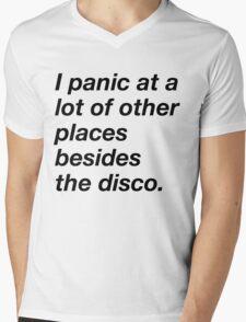 I LOVE TO PANIC Mens V-Neck T-Shirt