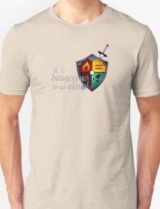 It´s dangerous to go alone T-Shirt
