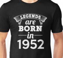 legends are born in 1952 shirt hoodie Unisex T-Shirt