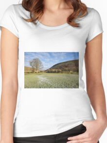 Muker Meadows Women's Fitted Scoop T-Shirt