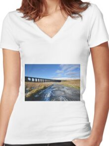 Ribblehead Viaduct Women's Fitted V-Neck T-Shirt