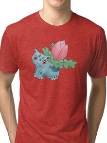 Ivysaur - pokemon challenge 002 Tri-blend T-Shirt