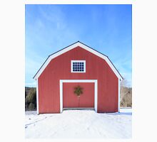 Traditional New England Red Barn in winter Classic T-Shirt