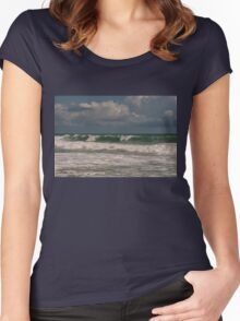Ocean waves Women's Fitted Scoop T-Shirt