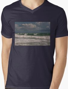 Ocean waves Mens V-Neck T-Shirt