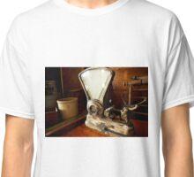 Vintage Scale Classic T-Shirt