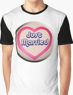 Love Heart, Just Married, Marriage, Married, Wedding, Wed, Hen Night Graphic T-Shirt