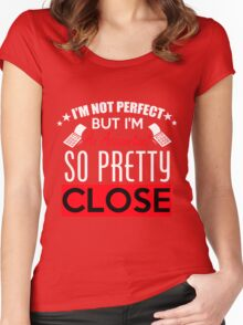 Pretty Women's Fitted Scoop T-Shirt