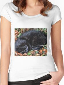 Guess who l found under the Hedgerow.. Women's Fitted Scoop T-Shirt