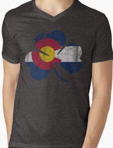 Vintage Irish Flag of Colorado Shamrock Mens V-Neck T-Shirt