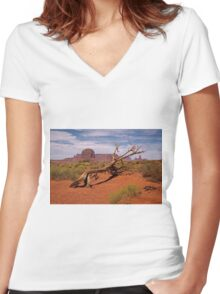 Gnarled Beauty of the Valley Women's Fitted V-Neck T-Shirt
