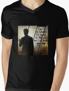 """I will find you"" the Doctor Mens V-Neck T-Shirt"