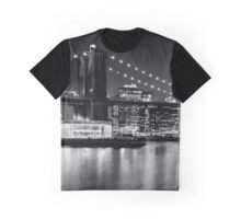 Night Skyline MANHATTAN Brooklyn Bridge black&white Graphic T-Shirt