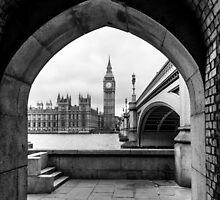 Parliament Through An Archway by Matt Malloy