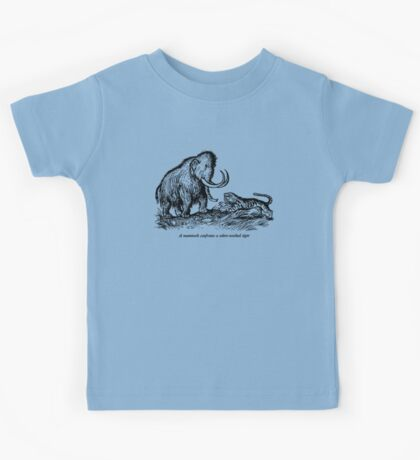 Mammoth confronts a sabre-toothed tiger Kids Tee
